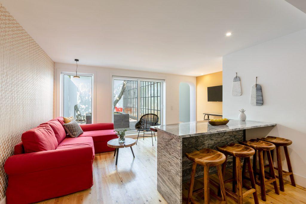 Sala de estar e cozinha em open space