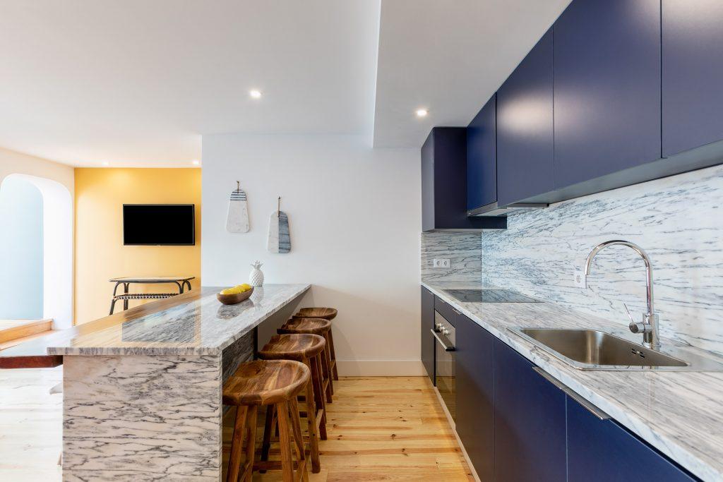 cozinha open space alojamento local