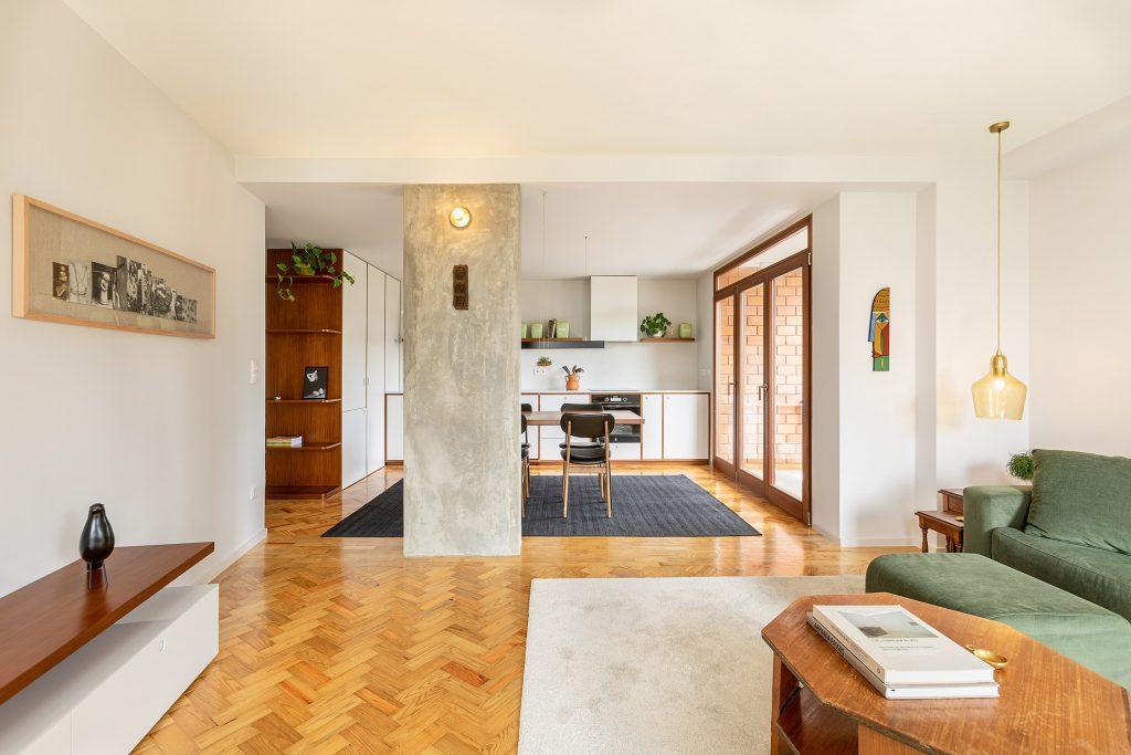 fotografia de sala de estar e cozinha open space